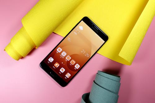 创新+品质 三星Galaxy C9 Pro对中国消费需求的极致体现